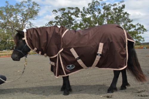 Unicorn 600 Brown Mini Horse Rug Rainsheet