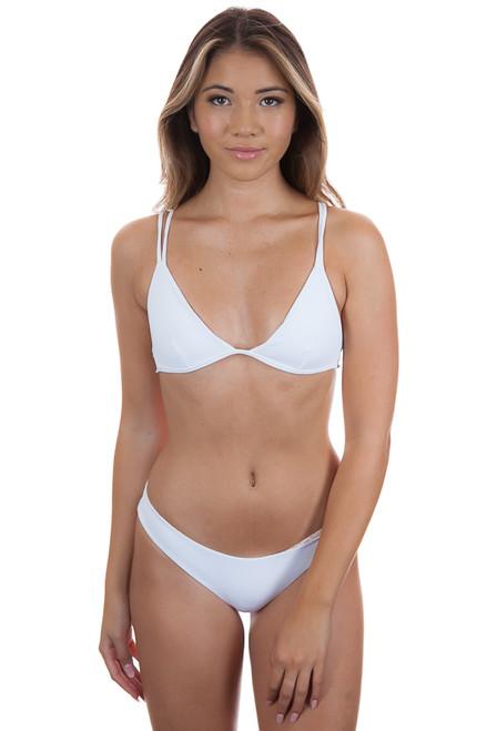 ACACIA Ribbed Bali Top in White