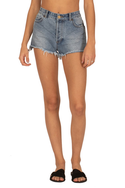 AMUSE SOCIETY Shoreline Denim Shorts in Worn Wash