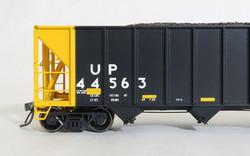 Tangent Scale Models 10871-01 HO Bethlehem Steel 3600 cuft Quad Hopper Union Pacific Scheme 22, H-100-18 Black Repaint Conspicuity 2005+ Version 2 UP#44563
