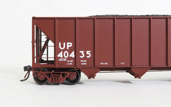 Tangent Scale Models 10863-01 HO Bethlehem Steel 3600 cuft Quad Hopper Union Pacific 1986 H-100-16 Red Repaint UP #40435