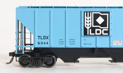 Tangent Scale Models 21025-03 HO Pullman-Standard PS-2 4427 High Side Covered Hopper, Louis Dreyfus 12-66 TLDX #6044