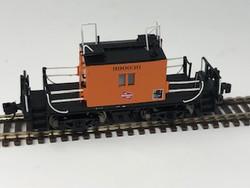 Fox Valley Models N 91163 Milwaukee Road Transfer Caboose w/Plated Side Windows Orange w/Black Lettering & Logo #990030