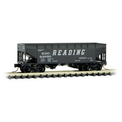 Micro Trains Line 055 00 221 33' Twin Bay Hopper w/Offset Sides Reading RDG #63850