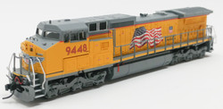Atlas Master N 50000909 Golden Spike Club DASH 8-41C DCC Ready Union Pacific Yellow Sill - Building America with Flag Scheme UP #9448