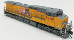 Atlas Master N 50000911 Golden Spike Club DASH 8-41C DCC Equipped Union Pacific Yellow Sill - Building America with Flag Scheme UP #9448