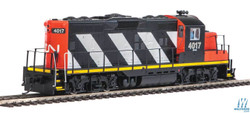 Walthers Mainline HO 910-10415 EMD GP9 Phase II with Chopped Nose Locomotive with Standard DC Canadian National CN #4017