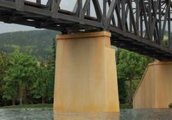 Walthers Cornerstone N 933-3880 Bridge Piers 2 Pack - Kit