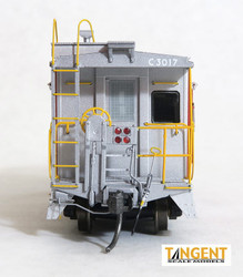 Tangent Scale Models HO 60016-01 International Car Company B&O Class I-18 Steel Bay Window Caboose Maroon Chessie System Safety 1975+ B&O #C-3017