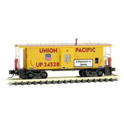 Micro Trains 130 00 290 31' Bay Window Caboose Union Pacific UP #24528