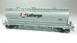Rapido Trains Inc HO 133011-4 ACF 3500 Cu Ft 'Flexi Flo' Covered Hopper Lafarge NAHX #1009