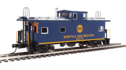 Walthers Mainline HO 910-8758 International Wide-Vision Caboose Norfolk & Western N&W #518572
