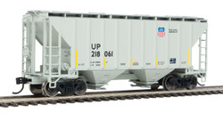 Walthers Mainline HO 910-7969 37' 2980 2-Bay Covered Hopper Union Pacific 'Building America' UP #218066
