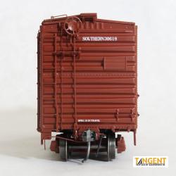 Tangent Scale Models HO 26010-11 Pullman-Standard 40' PS-1 9' Door Boxcar Southern 'Original 1951' SOU #31372