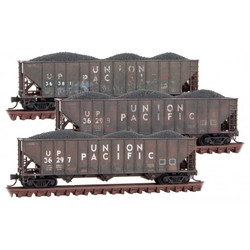Micro Trains Line N 993 05 920 - 100 Ton 3-Bay Rib Side Hopper w/Coal Load - Union Pacific - Weathered - 3 Pack