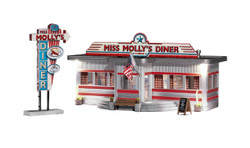 Woodland Scenics BR4956 N Built & Ready Miss Molly's Diner