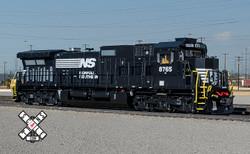 ScaleTrains Rivet Counter N SXT32572 DCC/ESU LokSound GE DASH 9-40C Norfolk Southern 'Thoroughbred' NS #8888