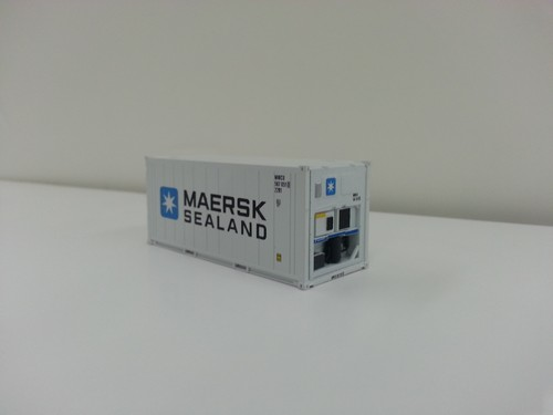 Lombard Exclusive Atlas Master HO Scale Ready to Run 20' Refrigerated Container, Maersk Sealand (white, blue)