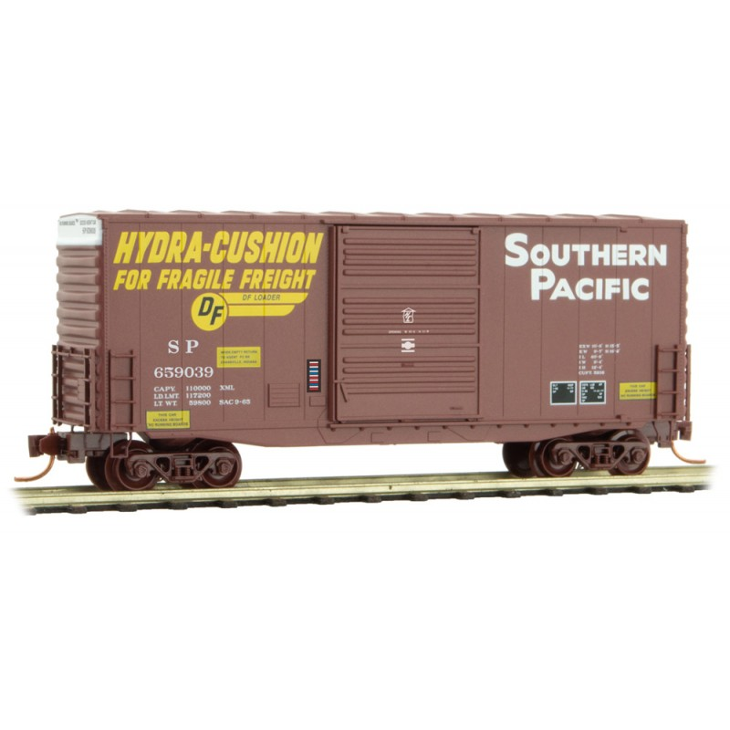 Micro Trains Line 10100061 40' Hy-Cube Single Door Boxcar Southern Pacific SP #659039