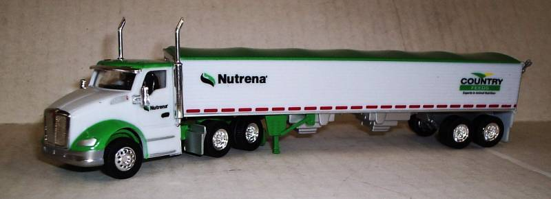 Trucks N Stuff HO TNS078 Peterbilt T680 Tractor with Grain Trailer Nutrena - Country Feeds