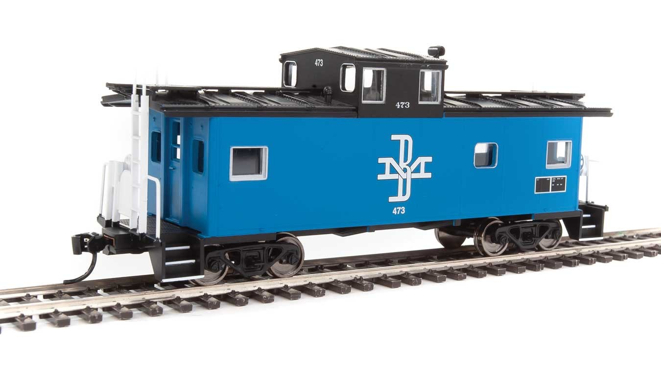 Walthers Mainline HO 910-8751 International Wide-Vision Caboose Boston and Maine B&M #473