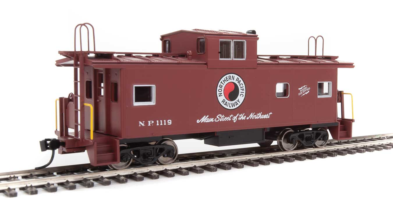 Walthers Mainline HO 910-8761 International Wide-Vision Caboose Northern Pacific #1119
