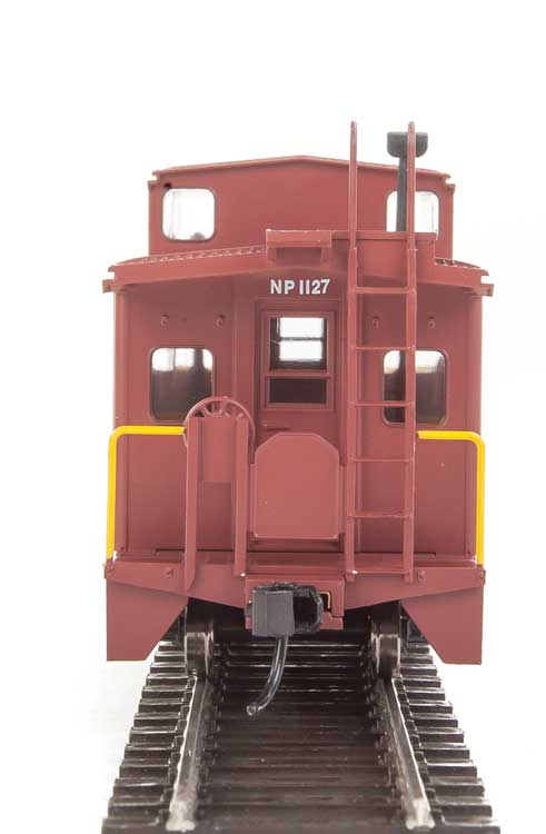 Walthers Mainline HO 910-8762 International Wide-Vision Caboose Northern Pacific #1127