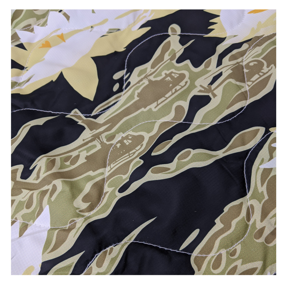 Woobie USA Tribe Throw Blanket - Aloha Now - Green - Bawidamann Art