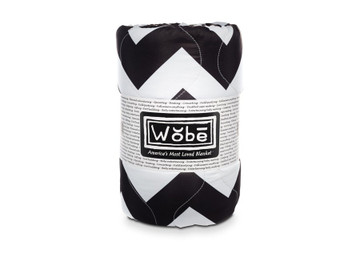 Woobie USA Décor - Black & White Chevron Throw Blanket