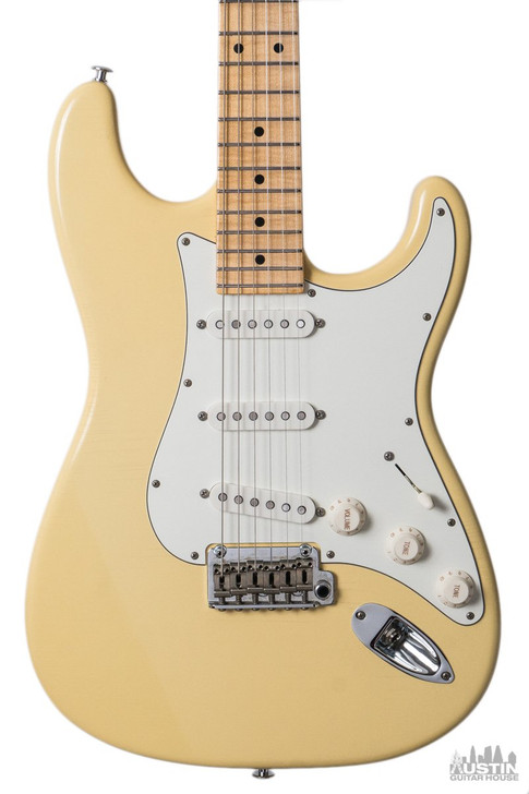 Suhr Classic S Antique Vintage Yellow SSS MPL