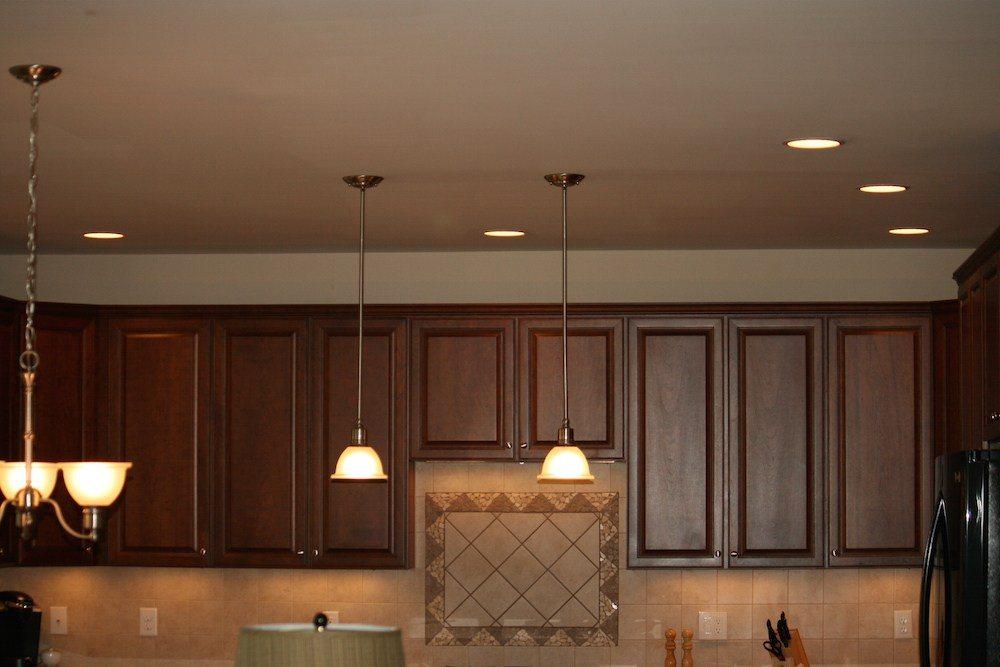 Over cabinet lights off
