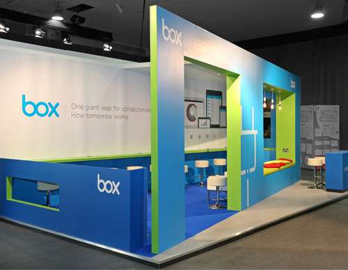 Box stand - Web Summit