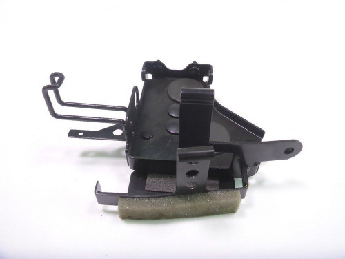 15 Yamaha FZ 07 Electrical Mount Panel Inner Right 30167