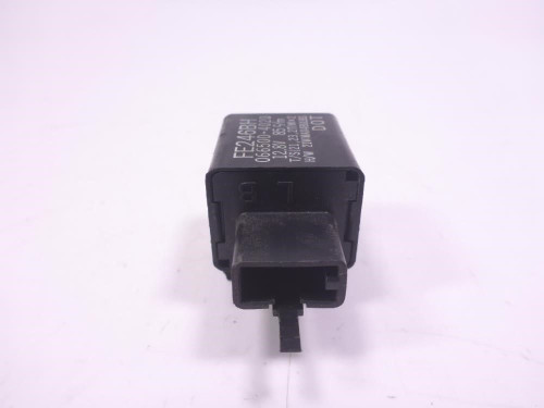 02 03 Kawasaki ZX9R Turn Flasher Relay FE246BH