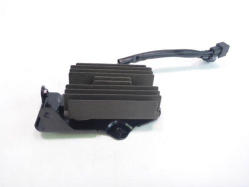 15 Suzuki GSX-S750 GSR750 Voltage Regulator Rectifier 47H00 SH811AA