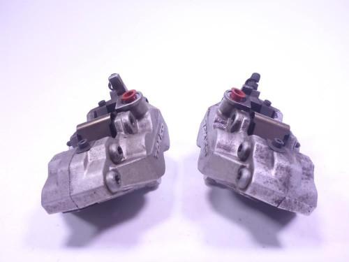 07 Kawasaki Vulcan VN2000F Front Brake Calipers Set Pair