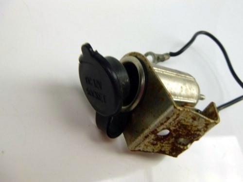 Suzuki M90 VZ 1500 Boulevard Auxillary Power Outlet Plug 12V
