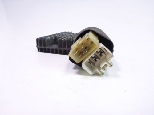 99 Honda Blackbird CBR 1100 XX Voltage Regulator Rectifier SH573C-12
