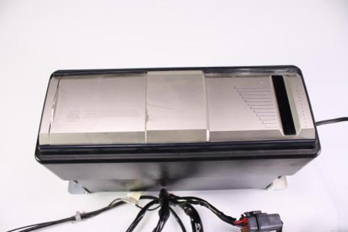 01 Harley Davidson FLTR Road Glide CD Changer Audio Assembly 70929-01