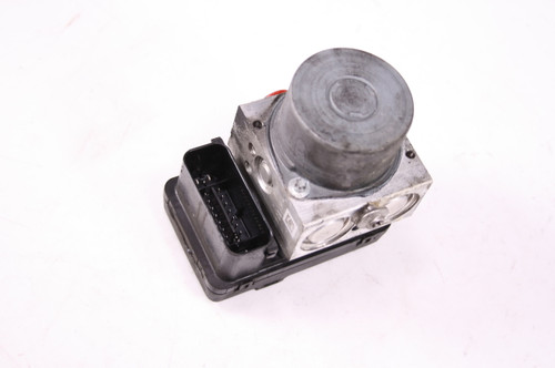 13 BMW F700GS  ABS Anti Lock Brake Unit Pump 8535414