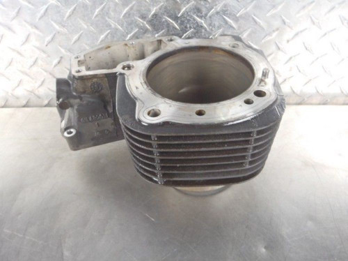 BMW R1200C Montauk Right Cylinder Jug