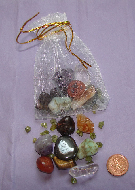 Set of Best Stones for Addictions or Bad Habits, White Organza Pouch