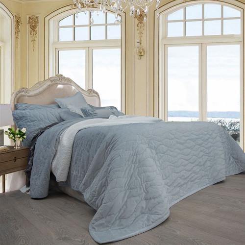 Macey and Moore Luxe Velvet Hampton Ice Blue Single Bed Bedspread Set   My Linen