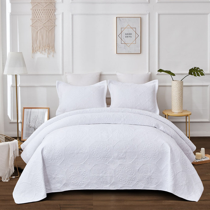 Classic Quilts Embroidered Vivid White Super King Coverlet Set   My Linen