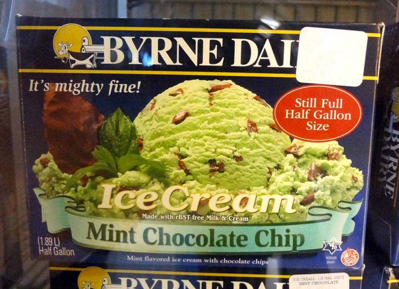 Byrne Dairy Mint Chocolate Chip Ice Cream Half Gallon