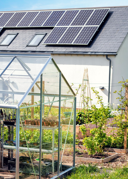 Solar Panel Incentives and Rebates in the UK