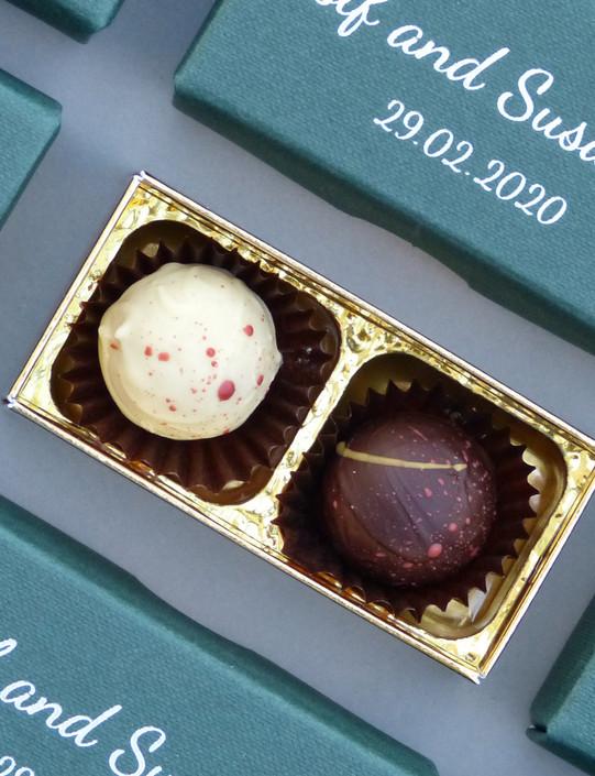 2 Chocolate Favour Box