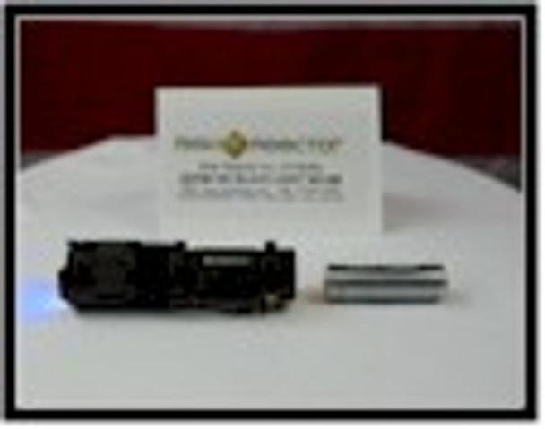Super three 365 nm chips make this mini zoom MINIZOOM-365X3 ultra violet light the best crime scene tool.