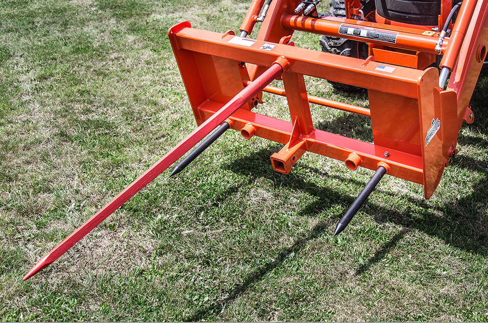 Front-End Independence Bale Spear with Trailer Hitch