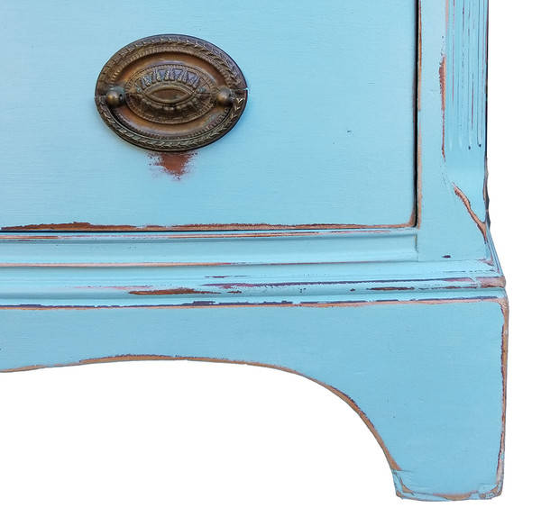 Federal Style Bowfront Dresser Foot detail
